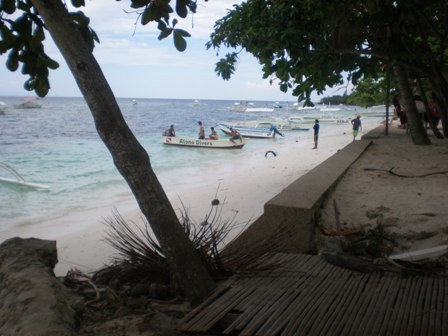 alona beach 3 in bohol