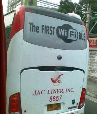Jac Liner WiFi Bus