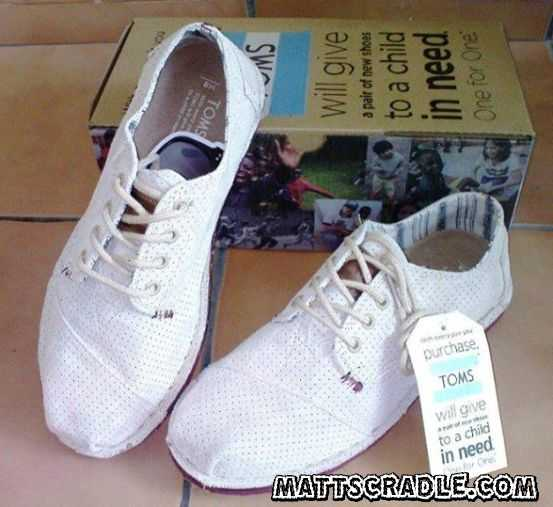 Shop for and buy toms womens shoes sale online at Macy's. Find toms womens shoes sale at Macy's.