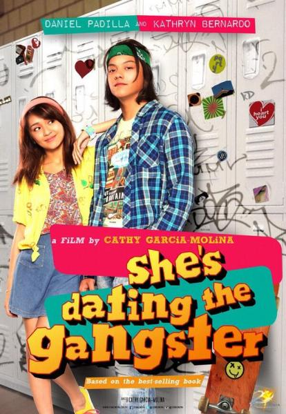 shes dating the gangster poster