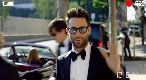 Maroon 5 crashes wedding events for sugar music video for Maroon 5 wedding video